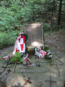 Pomnik po katastrofie smiglowca