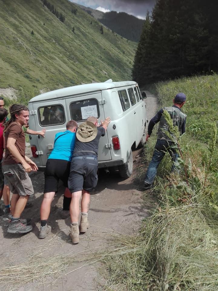 awaria w drodze do kaindy