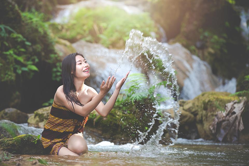 kąpiel w rzece