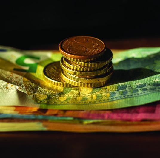 Skąd brać pieniądze na podróże